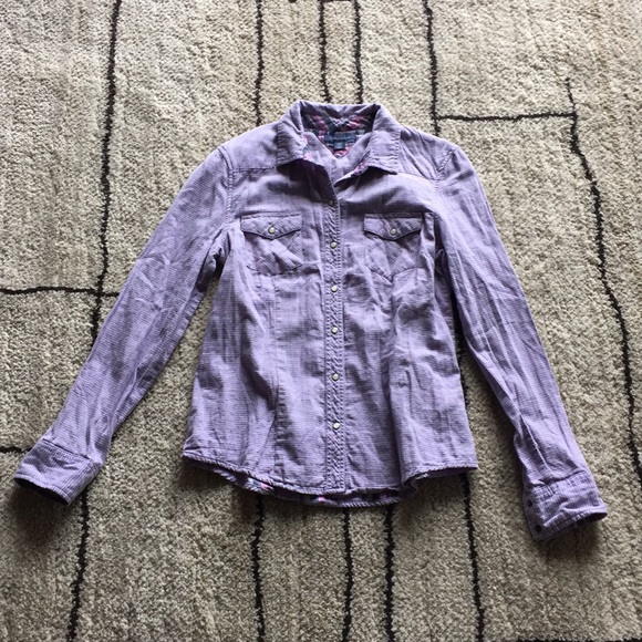 Tommy Hilfiger Tops - Tommy Hilfiger ladies fitted shirt.  SIZE: Small.